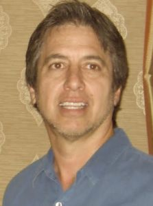 "Ray Romano: ""Would I play a bad guy? Sure, I'd love it!"""